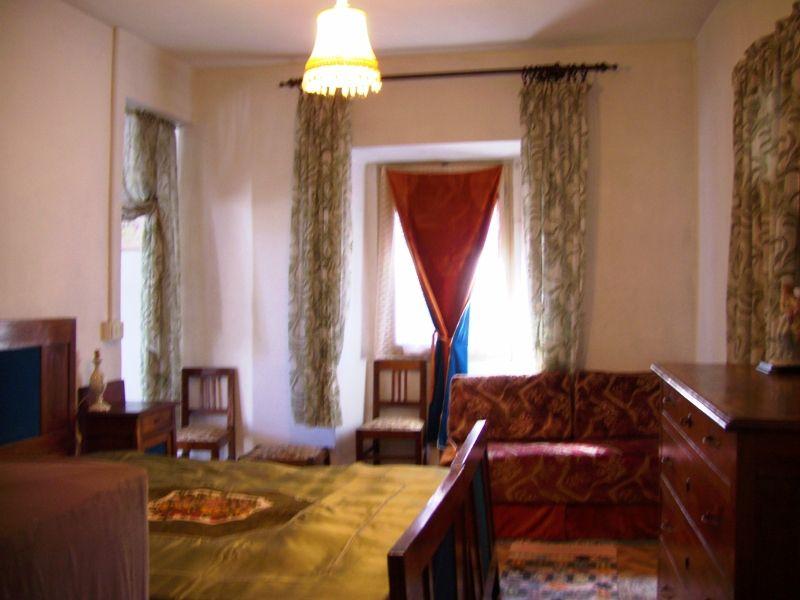 Verbania Suna casa vista lago 4 camere con giardino e garage