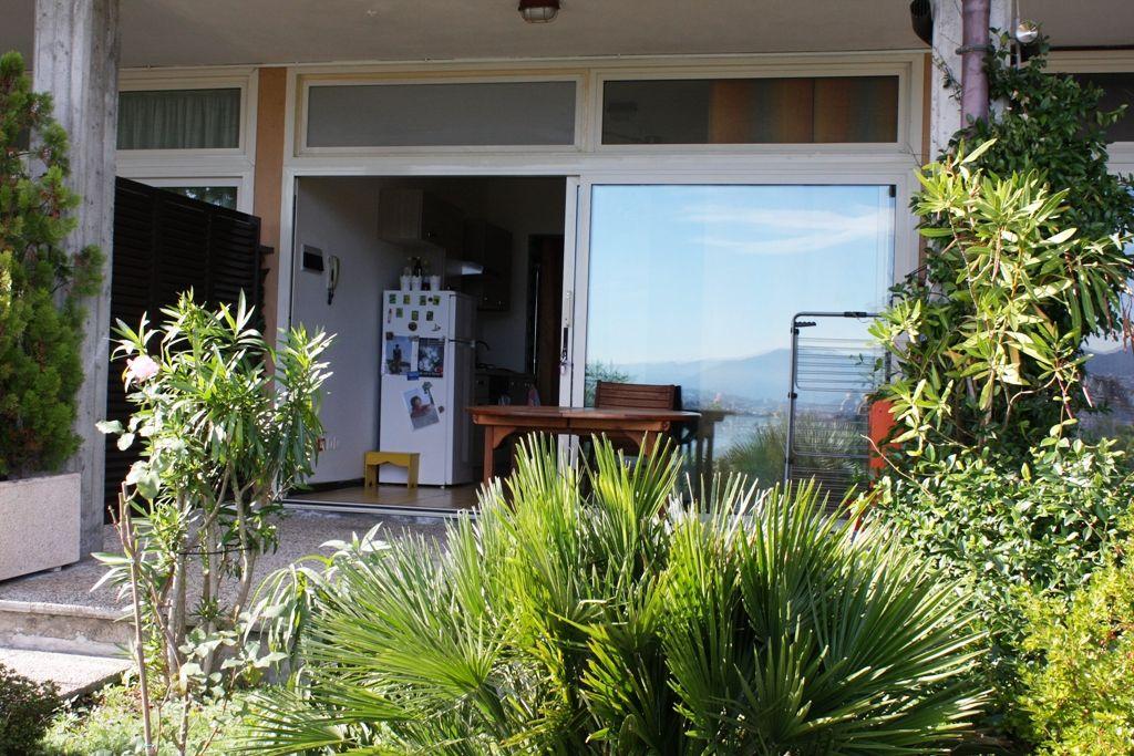 Lago Maggiore Baveno Appartamento monolocale con stupenda vista lago e piscina