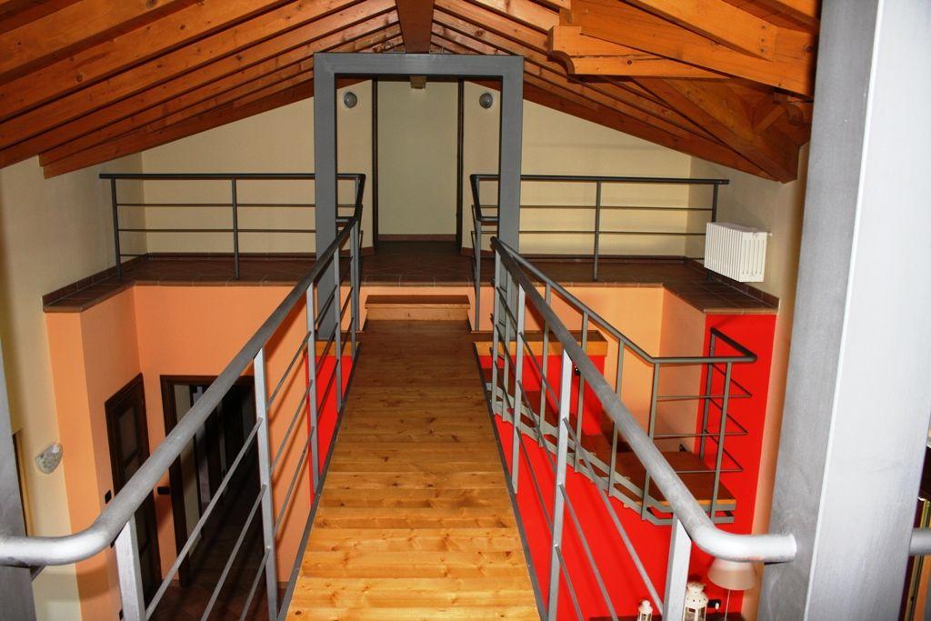 Villa indipendente con terreno sulle prime alture di Stresa