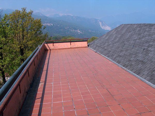 Alture Stresa appartamento vista lago con garage e terrazzo AA1751