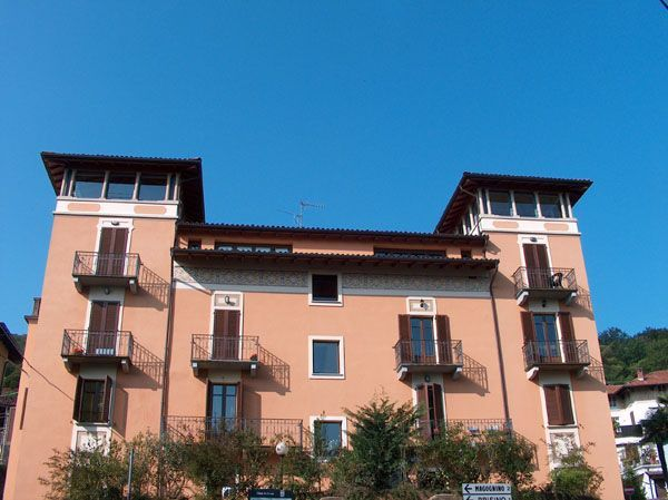 Alture Stresa appartamento vista lago con balcone AA1868
