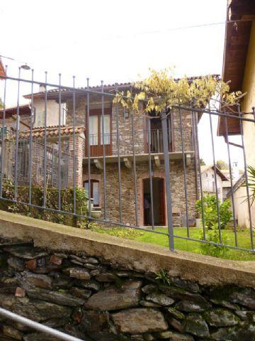 Alture Stresa casa vista lago 2 camere con giardino e terrazzo