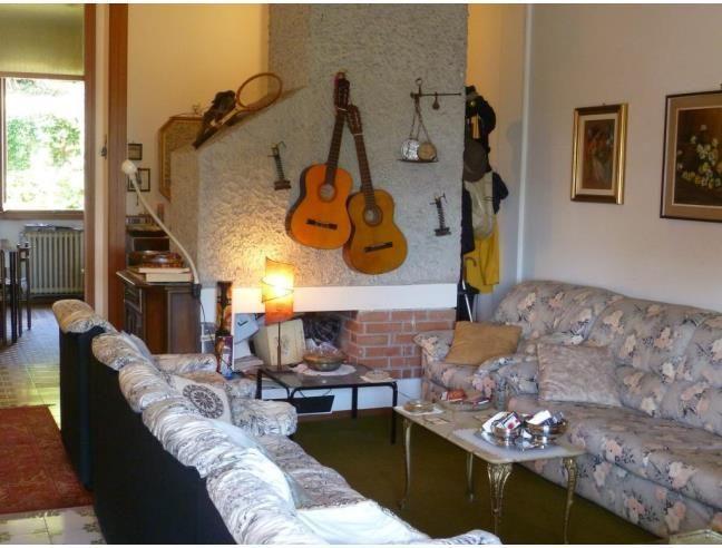 Arona appartamento vista lago con garage e balcone AA2402