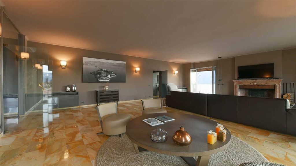 Baveno Villa vista lago 370 mq, 3 camere con piscina e garage e giardino