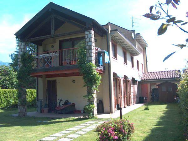 Feriolo casa 250mq, 3 camere con giardino e garage