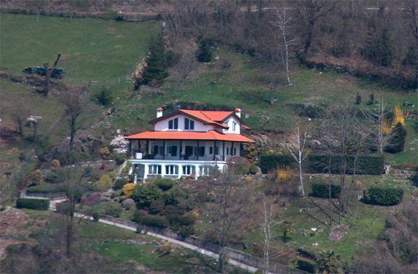 Lago d'Orta villa vista lago 310mq con giardino