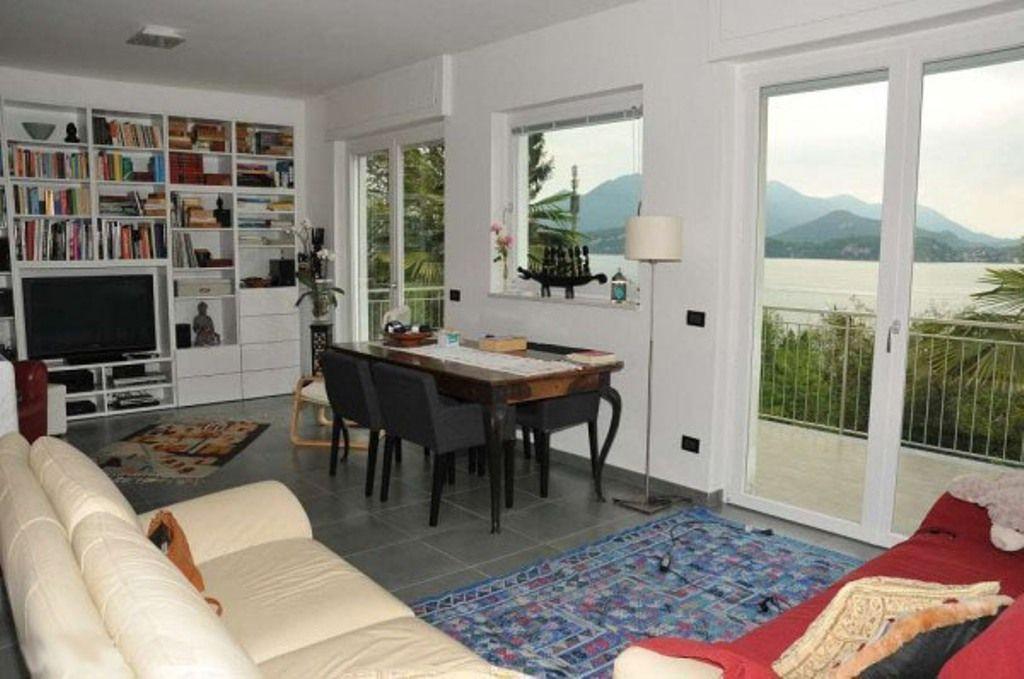 Belgirate Villa vista lago 3 camere con giardino e terrazzo