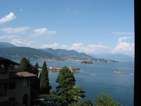 Stresa appartamento vista lago con posto auto AA1305