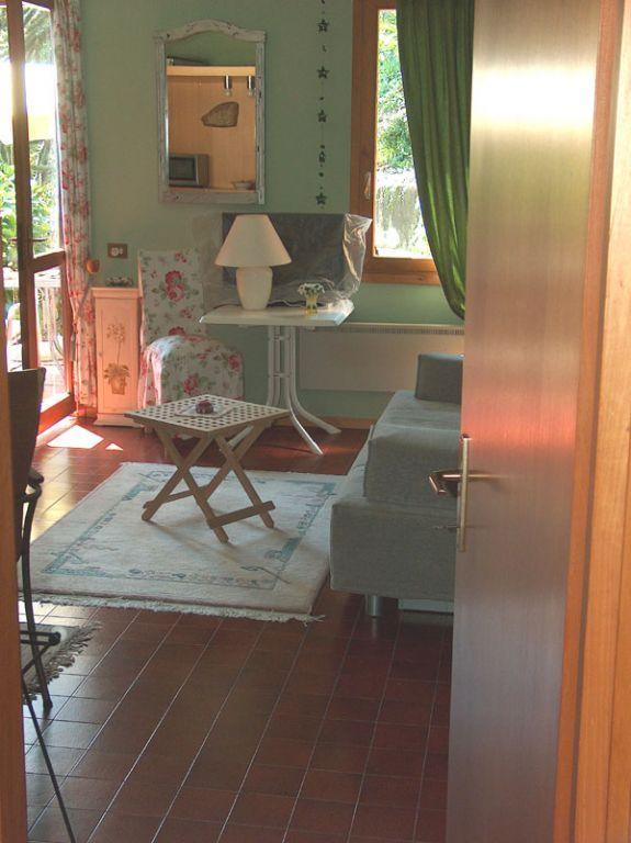 Stresa appartamento vista lago con garage e giardino AA1223